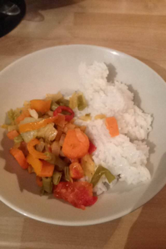 Tracey's ZimFast meal of vegetable chilli and rice
