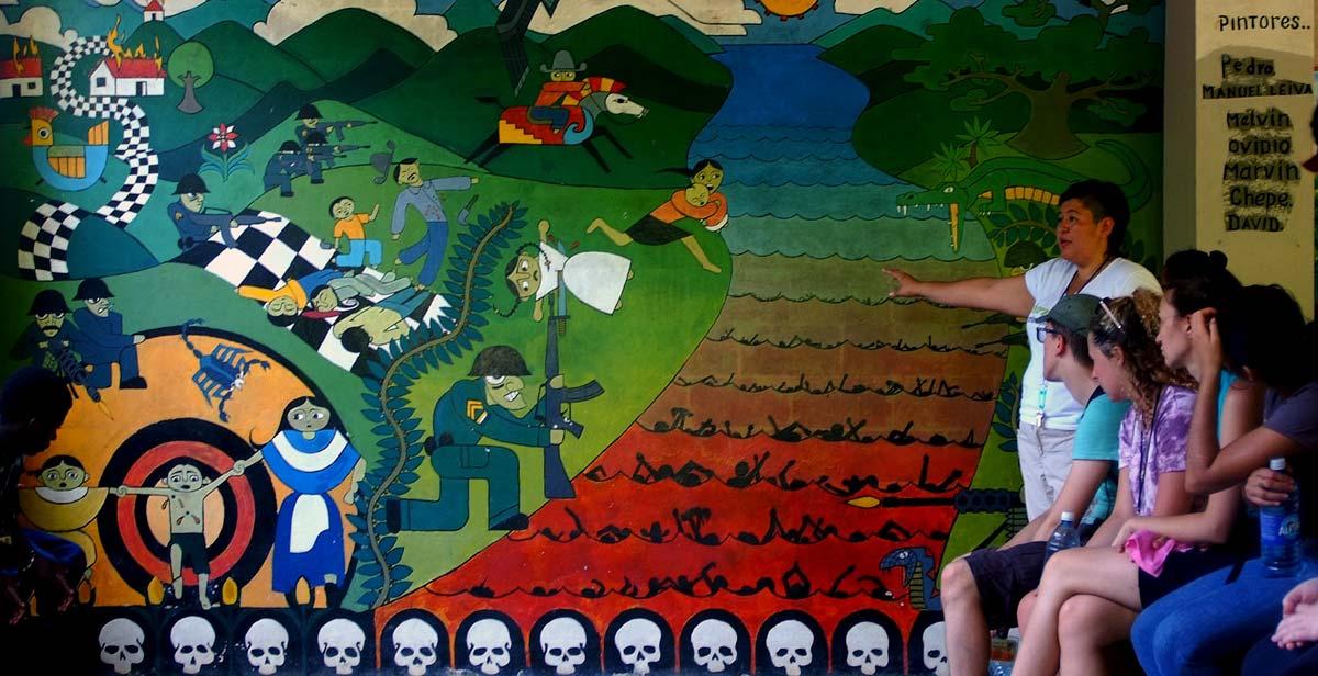 A mural at the Martires de Sumpul Centro