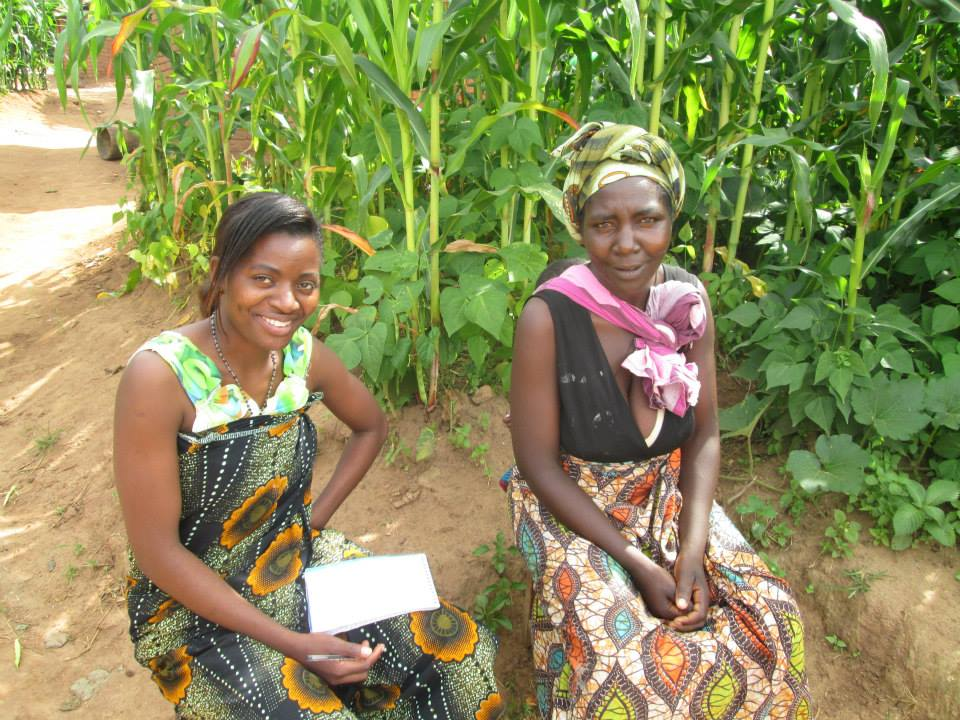 Two women in a village in Malawi, Progressio ICS Malawi