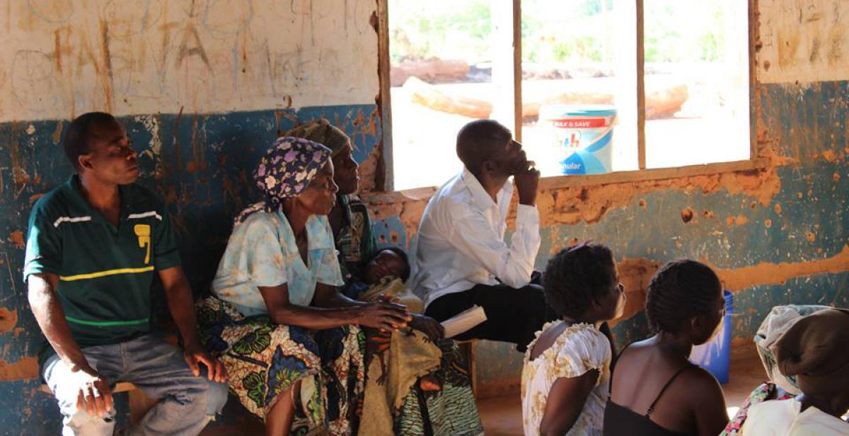 Progressio ICS volunteers in Malawi help to raise awareness of women's and girls' rights through workshops with local communities