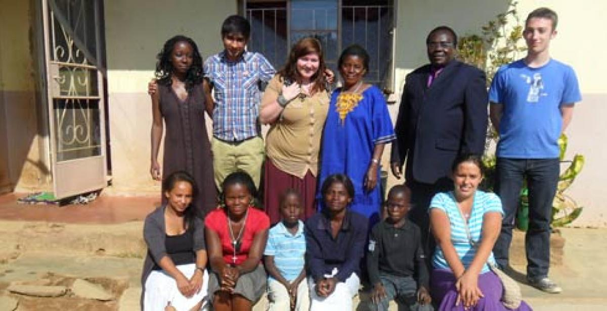 Photo of ICS volunteers in Malawi