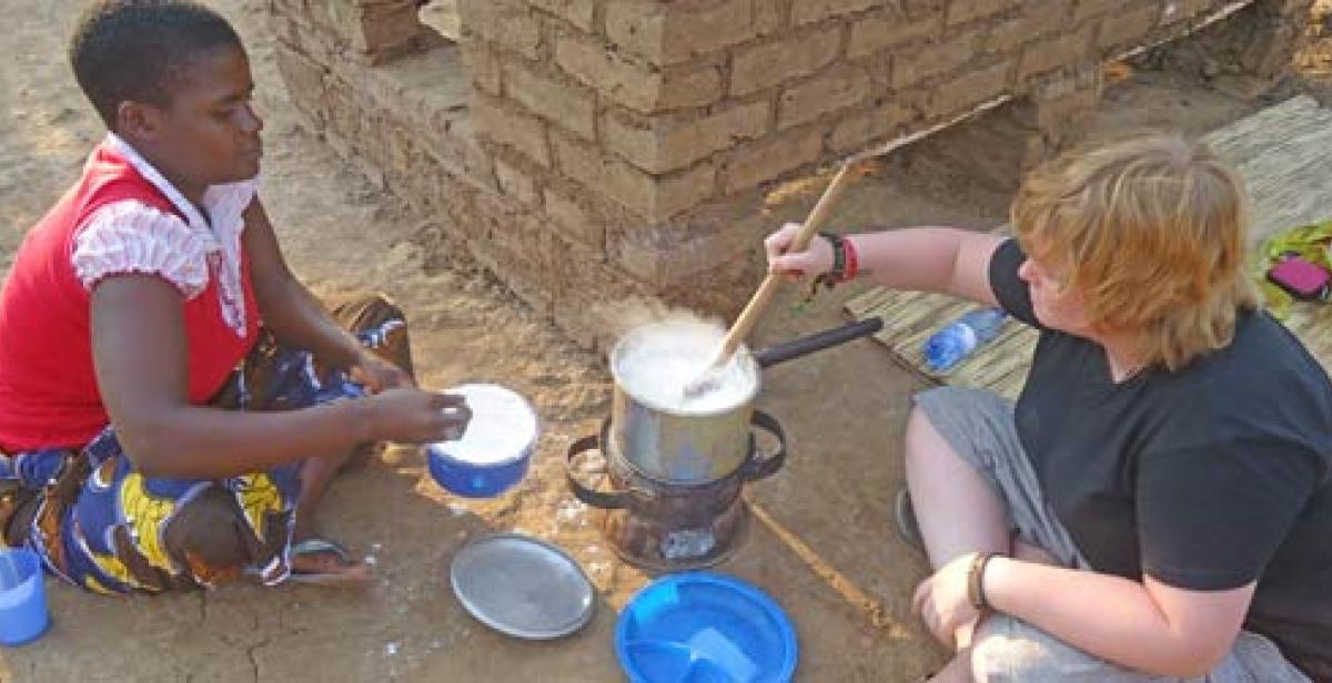 Cooking nsima