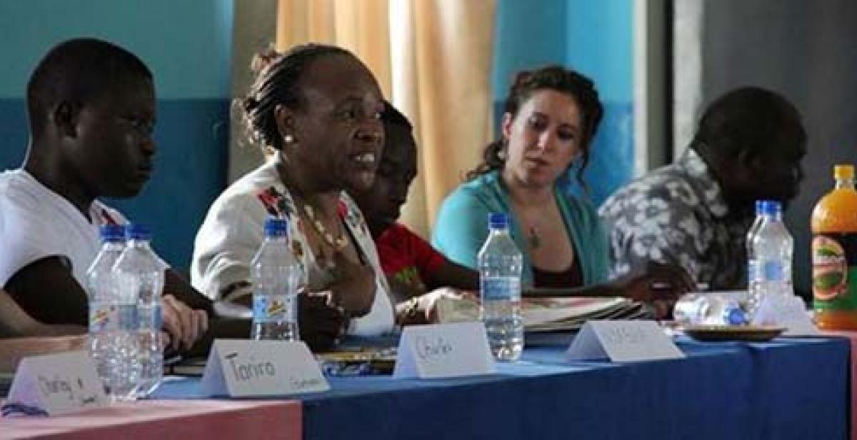 Barbara (Director of Simukai) with ICS volunteers