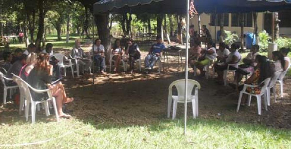 ICS volunteers meet AMIGA in El Salvador
