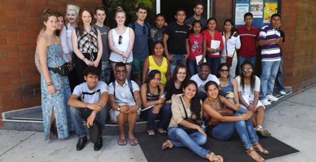 The group of volunteers on arrival in El Salvador