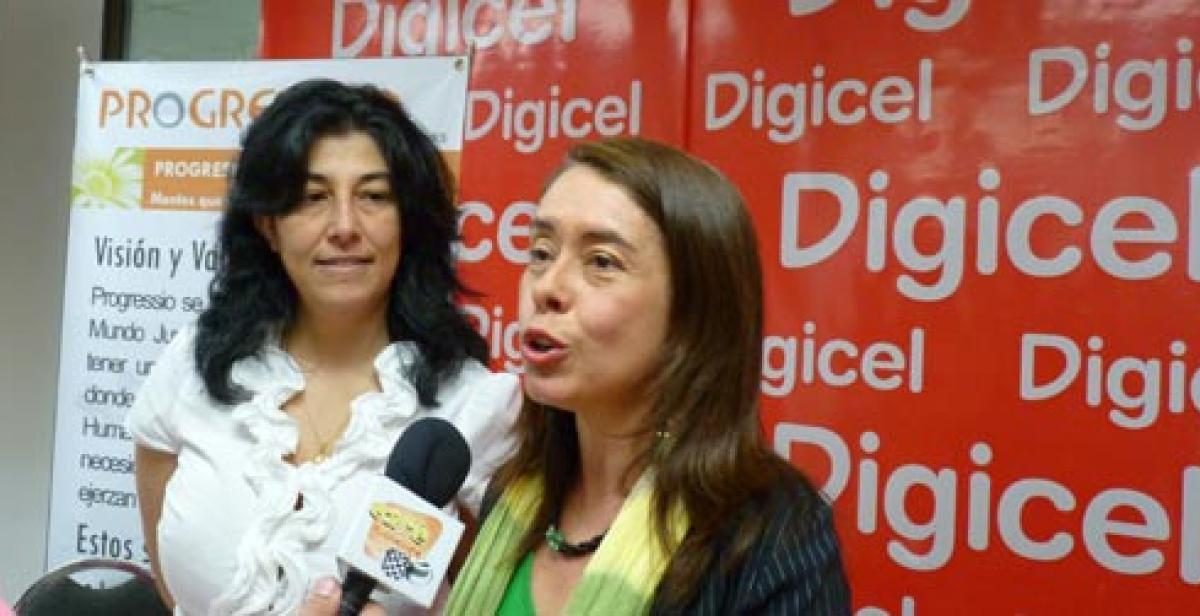 Xiomara Ventura launches the new initiative with Digicel