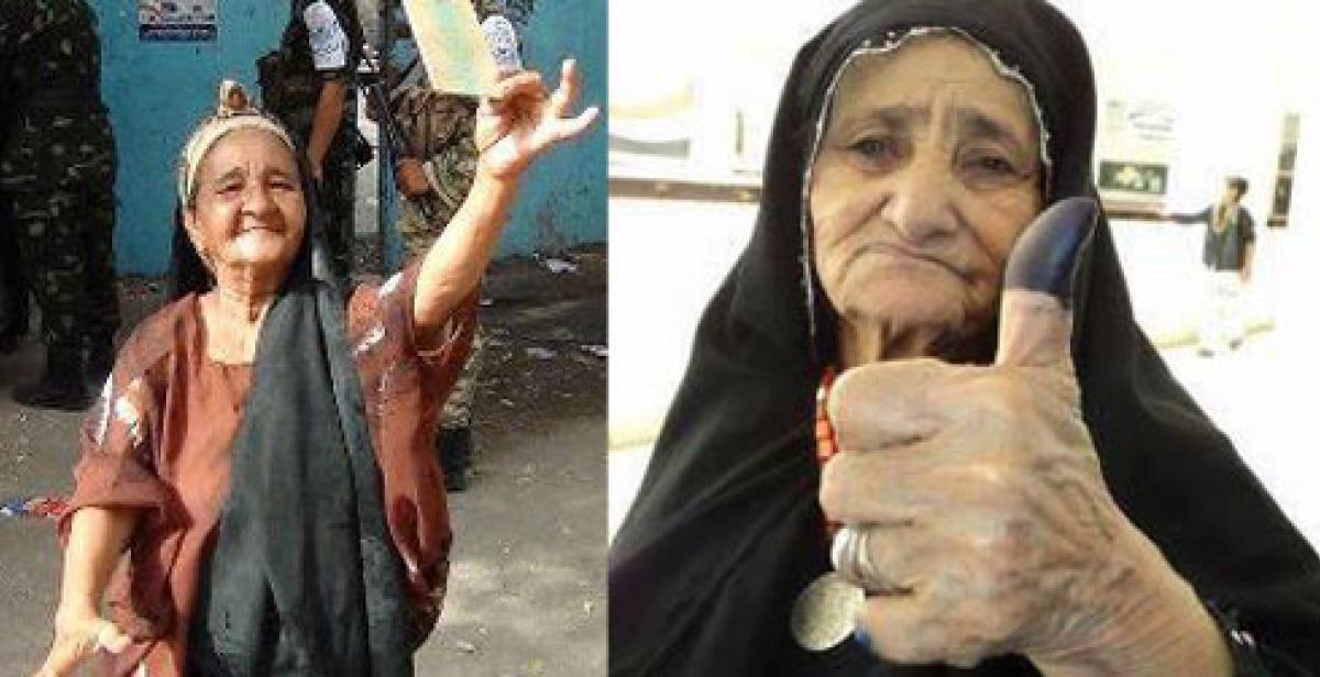 Women in Yemen after voting in elections