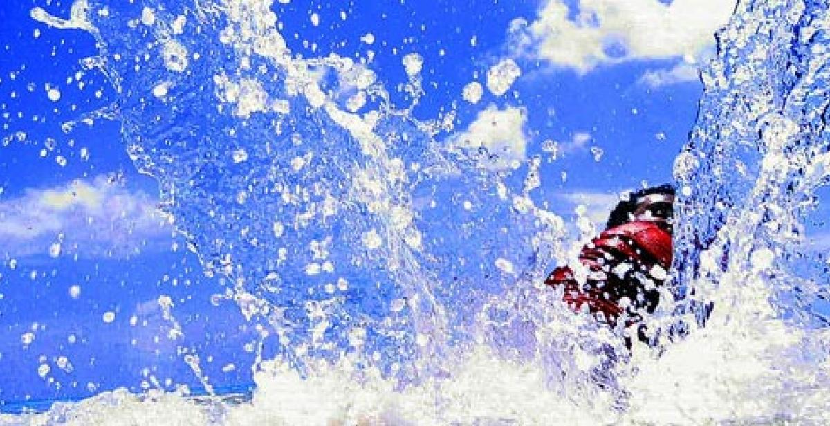 water splash by notsogoodphotography