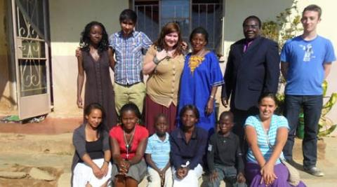 Photo of ICS volunteers in Malawi