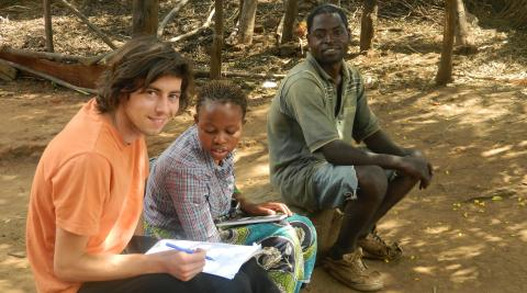Uk volunteer Andy Griffiths and national volunteer Violet Nkhoma