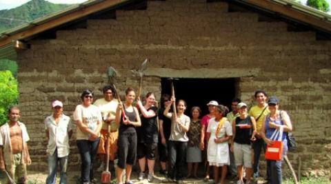 ICS volunteers El Salvador