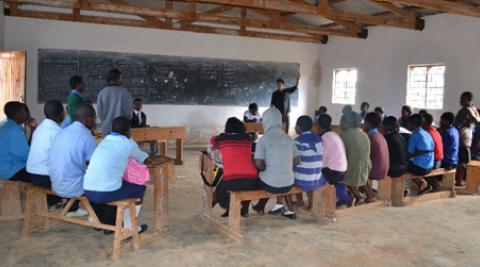 Volunteer-led workshop on HIV
