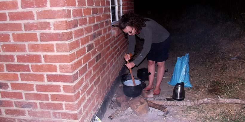 Hunger drives resourcefulness